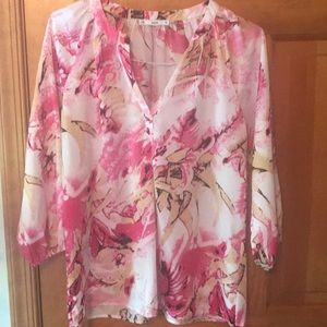 Women's pink and white tunic